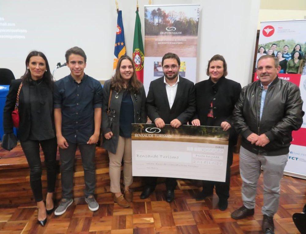Jovem de Ponta Garça recebeu Prémio de Excelência da Bensaude Turismo para o Melhor Aluno do Curso de Licenciatura em Turismo 2017/18